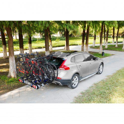 SPB1002-in-car-download.jpg